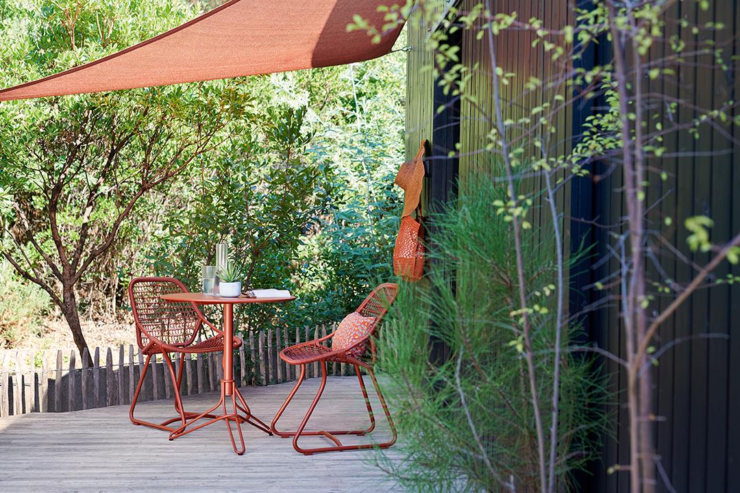 chaise de jardin, table ronde, ensemble repas, exterieur,
