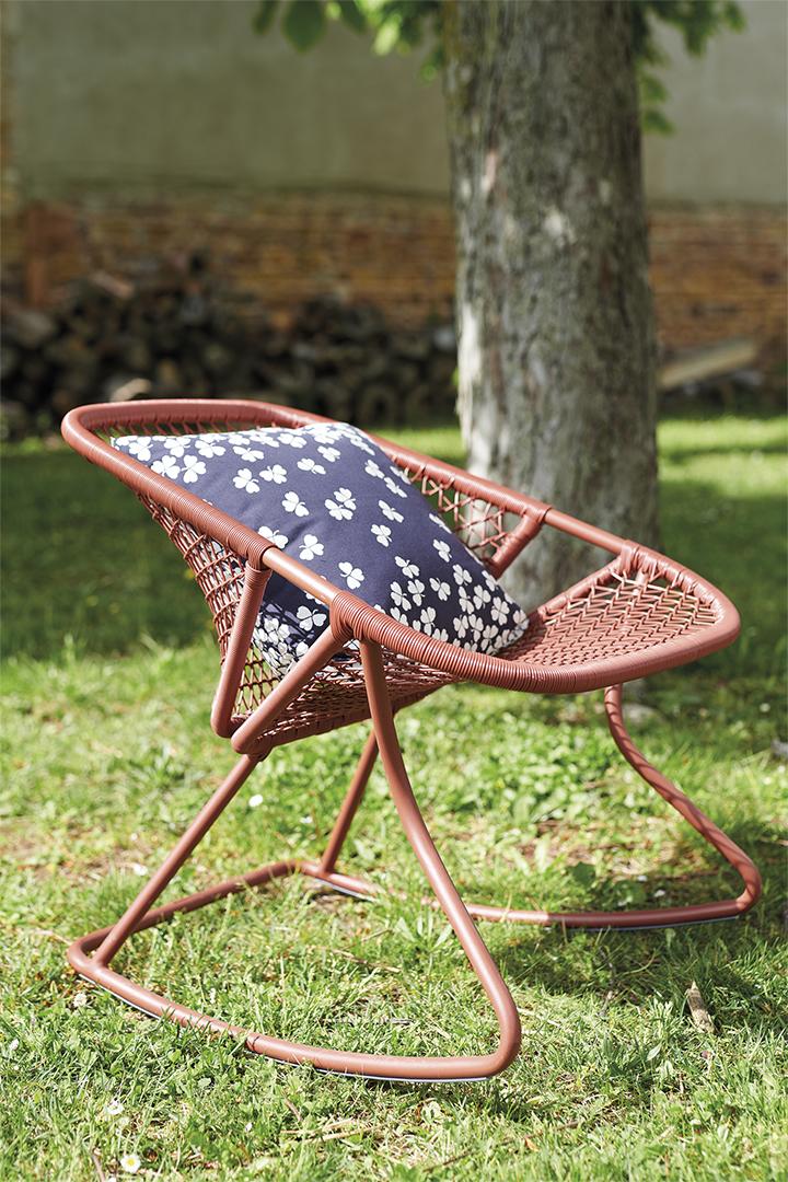 fauteuil a bascule rocking chair, fauteuil de jardin, fauteuil fermob, outdoor armchair