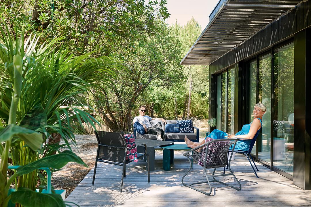 lounge, salon de jardin, metal, exterieur, table basse, canapé, fauteuil bas, coussins d exterieur, outdoor