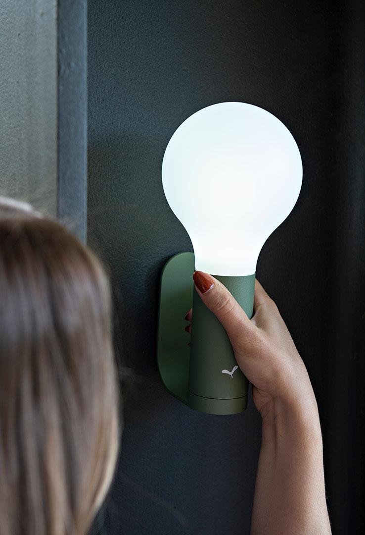 lampe sans fil, applique exterieur, lampe de jardin, luminaire exterieur, wireless lamp, outdoor lamp