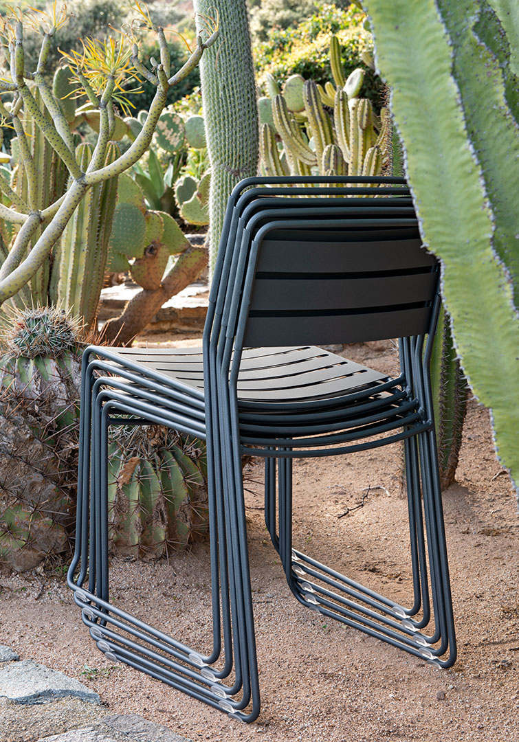 chaise metal, chaise design, chaise empilable, chaise de jardin, metal chair, designer chair