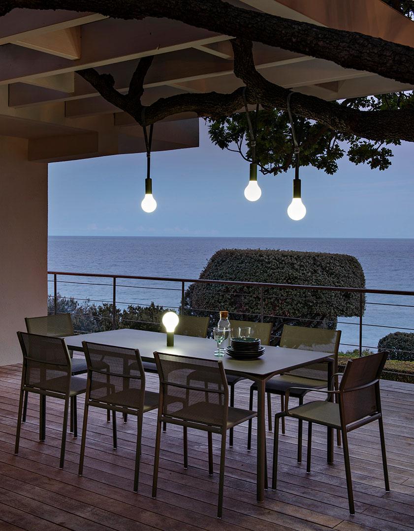 table de jardin, chaise de jardin, table metal, chaise en toile, mobilier fermob, outdoor furniture