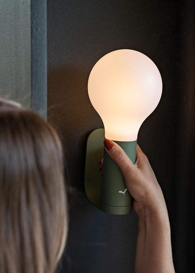 lampe sans fil, applique exterieur, applique de jardin, lampe de jardin, luminaire exterieur, wireless lamp, outdoor lamp