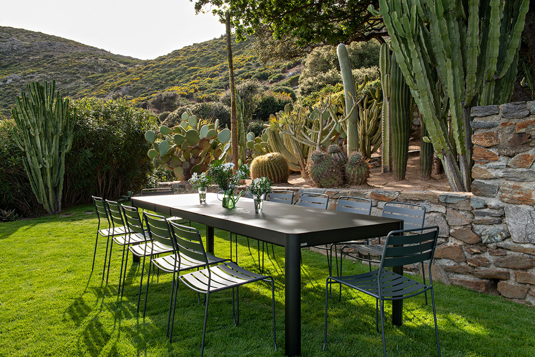 chaise metal, table metal, table de jardin a rallonge, chaise design, table metal 12 personnes, outdoor furniture