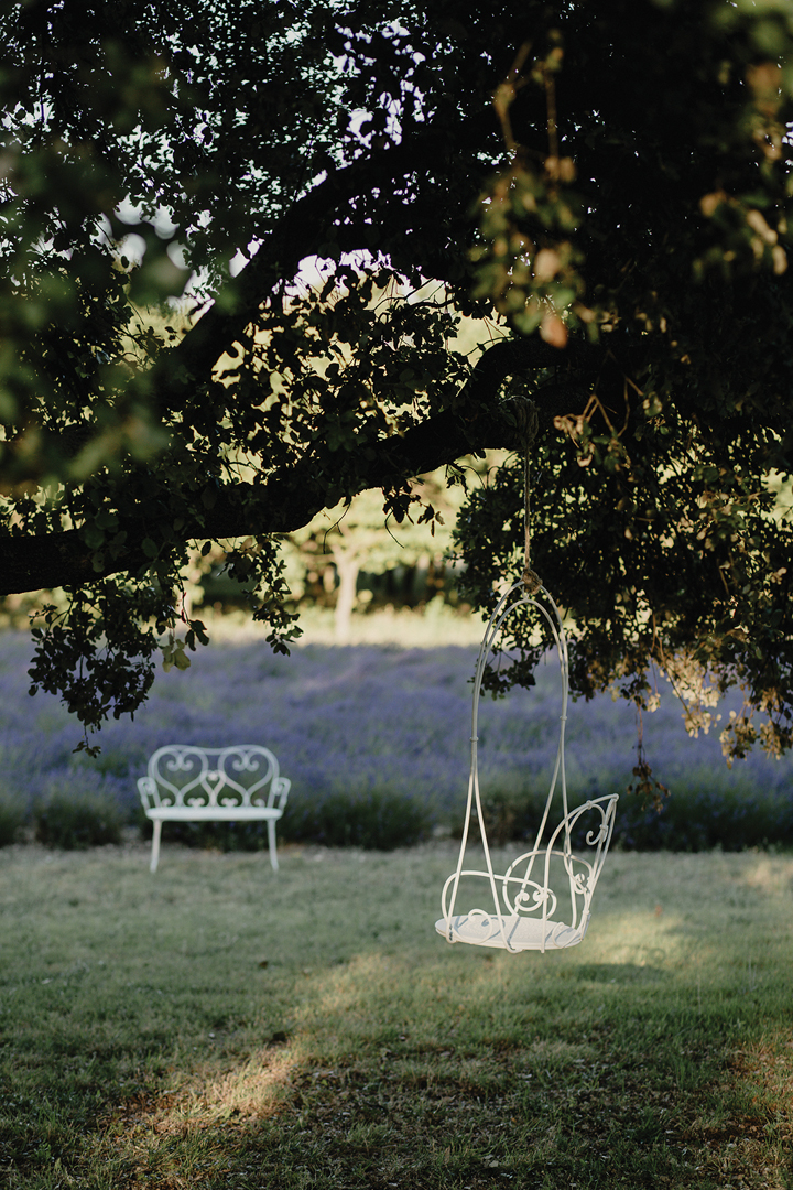 balancelle de jardin, balancelle metal, fauteuil arbre
