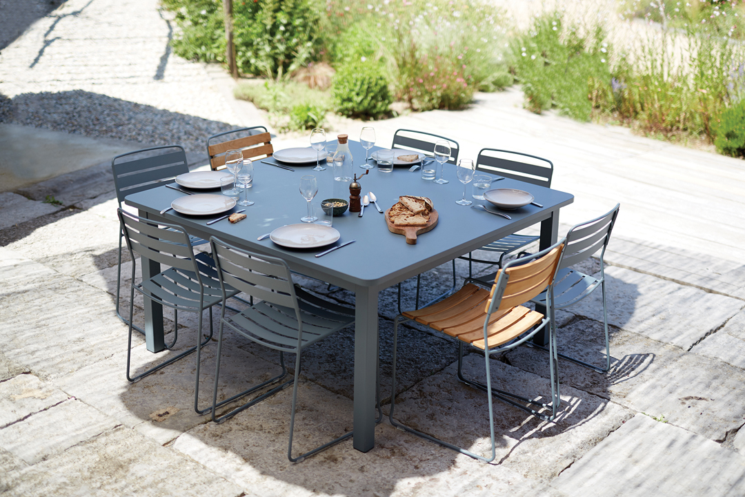 table metal, table carree, table de jardin, chaise metal, chaise de jardin, mobilier de jardin design