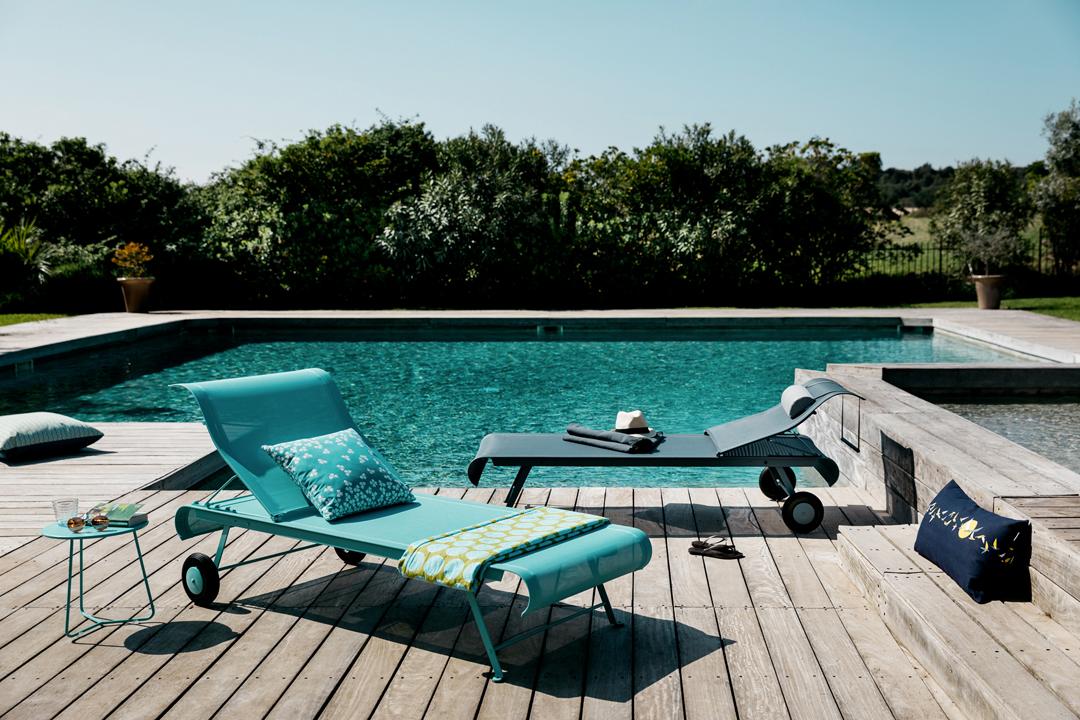 bain de soleil en toile, chaise longue fermob, chaise longue en toile, transat