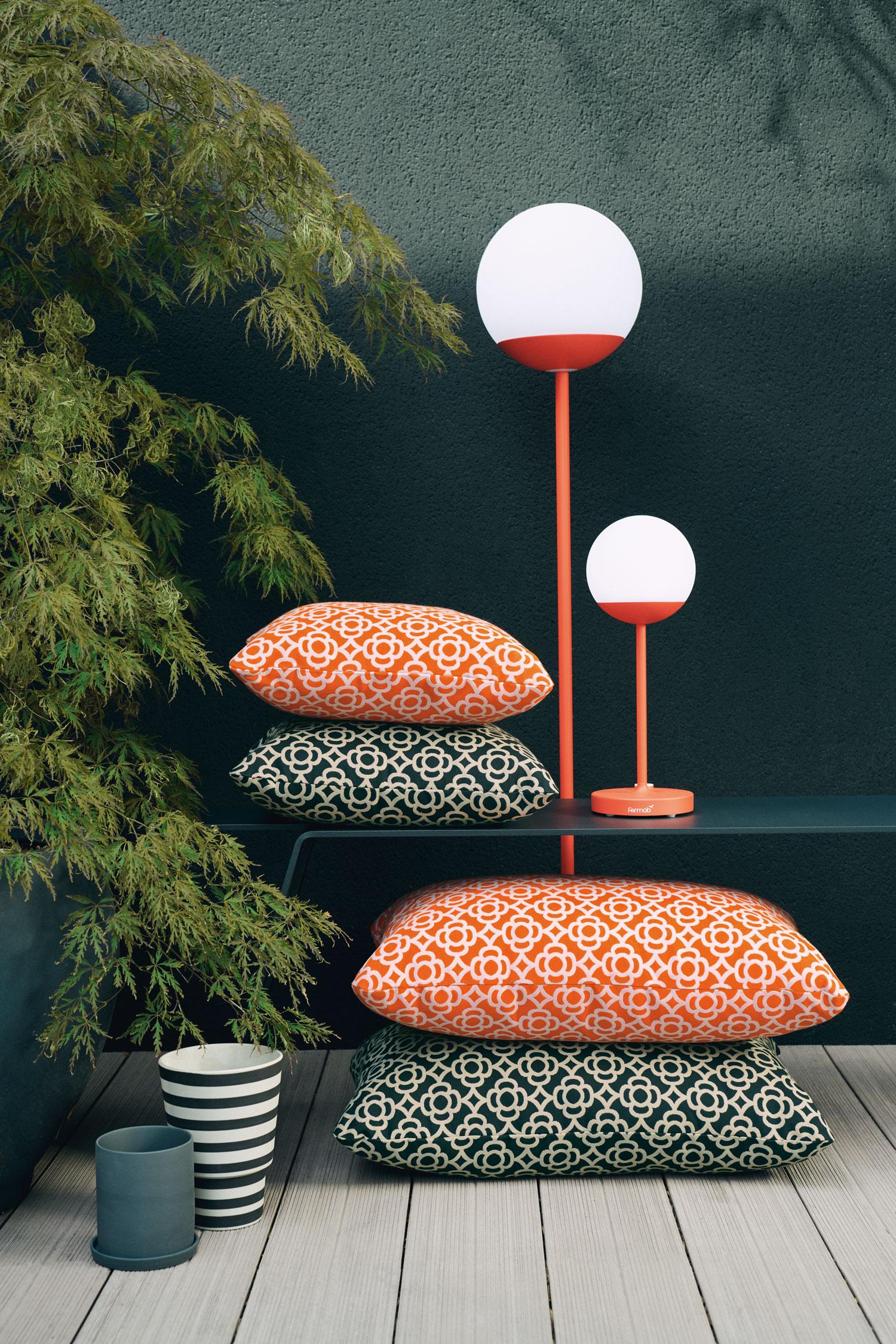 lampe sans fil, lampe nomade, lampe bluetooth, coussin d exterieur, coussin de jardin