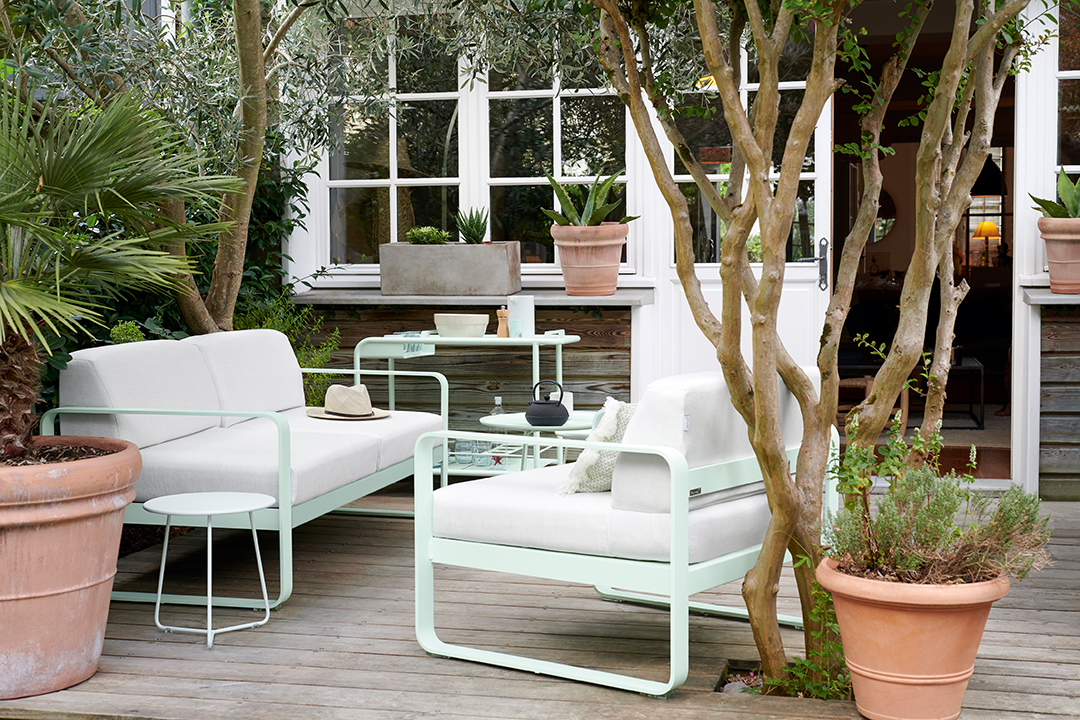 lounge, salon de jardin, metal, mobilier d exterieur, table basse, canapé,  fauteuil, table d appoint, table basse, desserte, bar roulant, design, outdoor