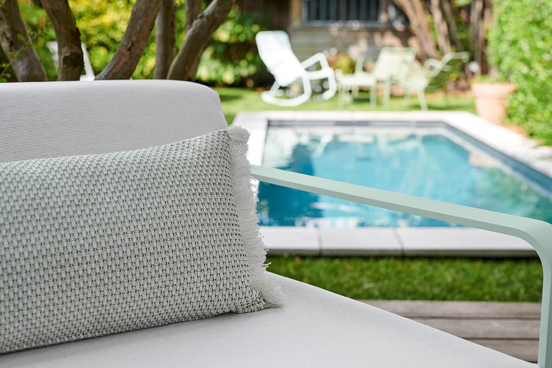 lounge, salon de jardin, metal, mobilier d exterieur, canapé,  fauteuil, coussin exterieur, coussin outdoor,