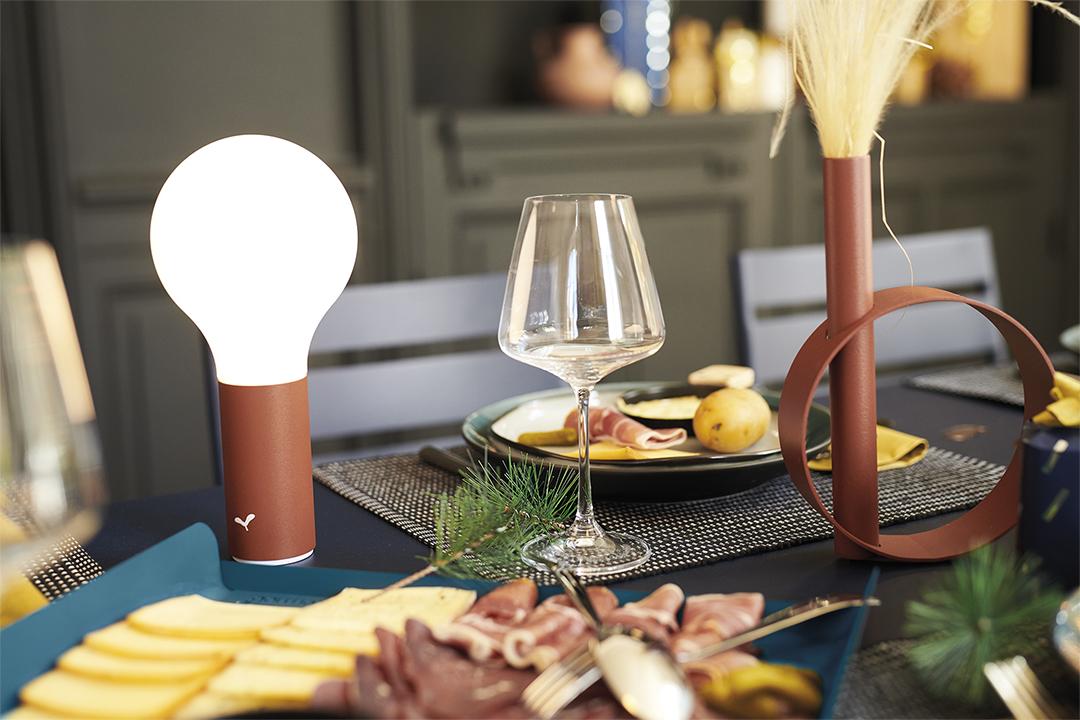 lampe fermob, lampe sans fil, lampe à poser, lampe torche design, luminaire exterieur, outdoor lamp, wireless lamp