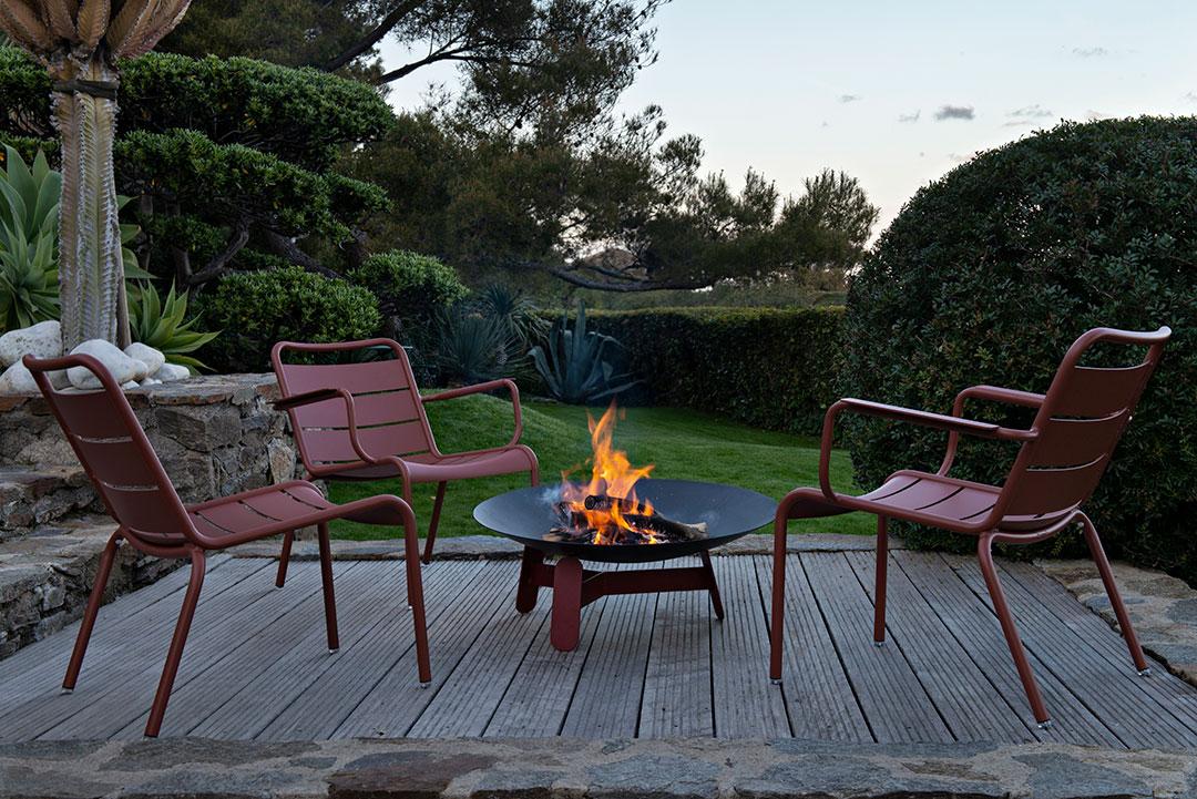 brasero, salon de jardin, fauteuil de jardin, fauteuil metal, outdoor furniture