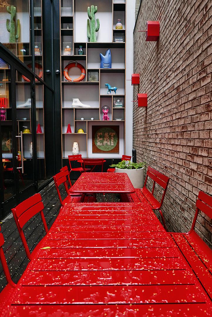 Chaise metal, table design, banc à dossier, chaise design, mobilier design, mobilier de jardin, mobilier d exterieur