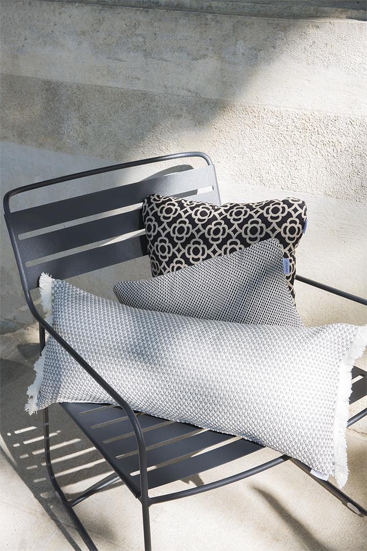 fauteuil de jardin, fauteuil metal, fauteuil terrasse, fauteuil de jardin design, coussin outdoor