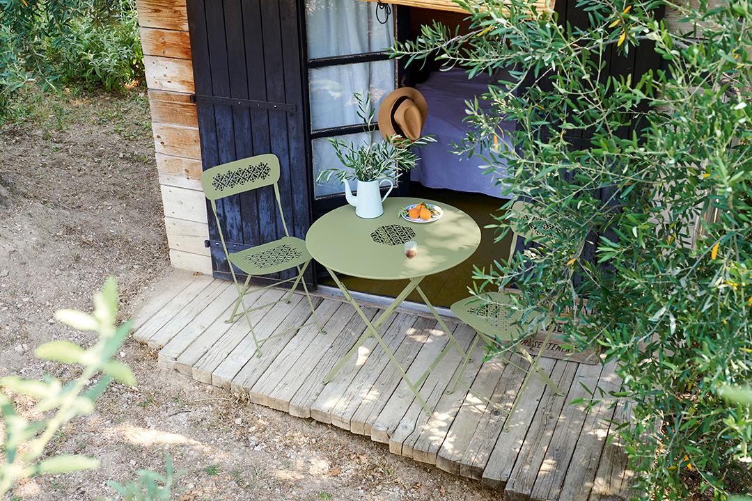 Chaise Lorette – chaise de jardin pliante en métal ajouré