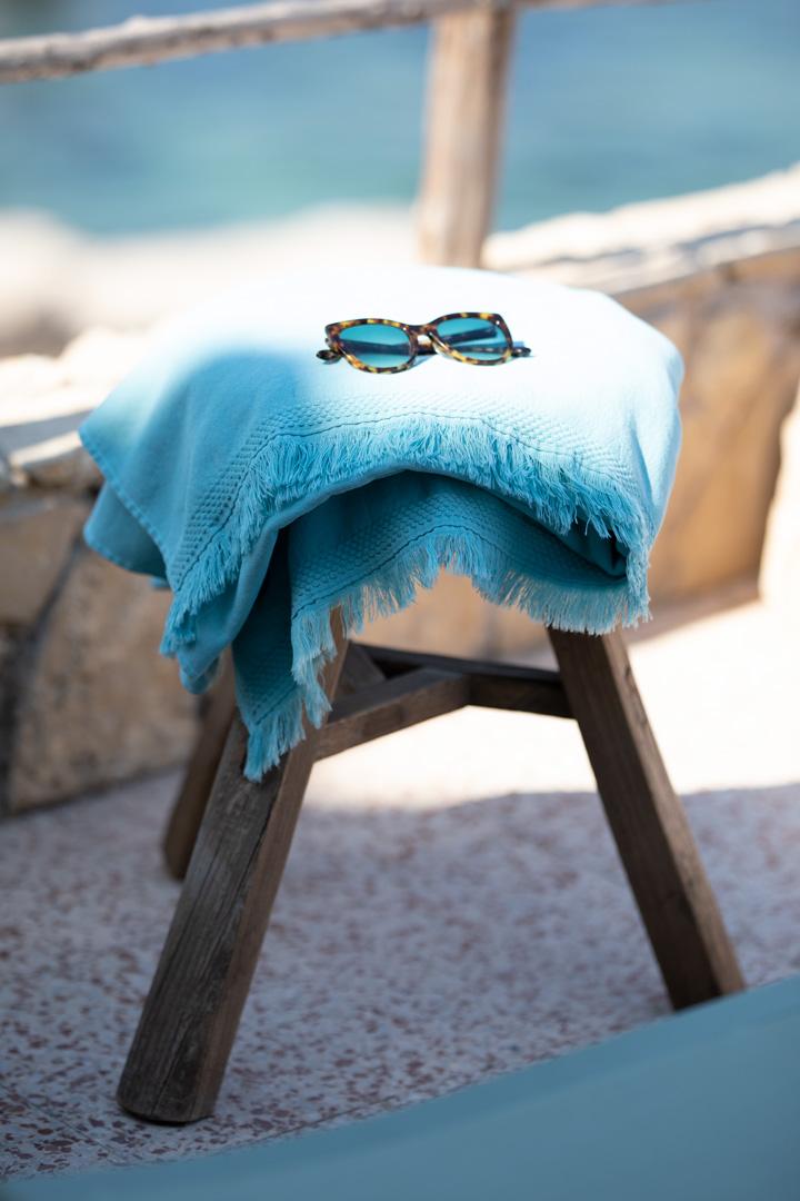 serviette de bain, serviette eponge, serviette coton, serviette fermob