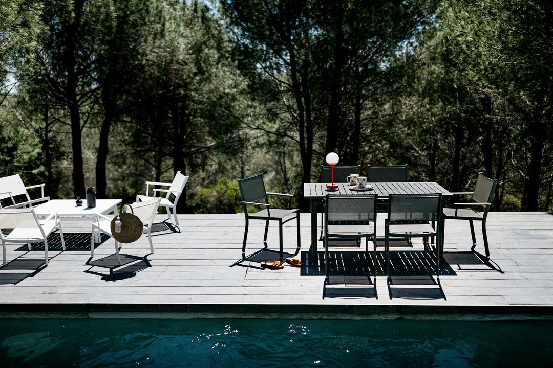 table de jardin, chaise de jardin, table metal, mobilier de jardin design