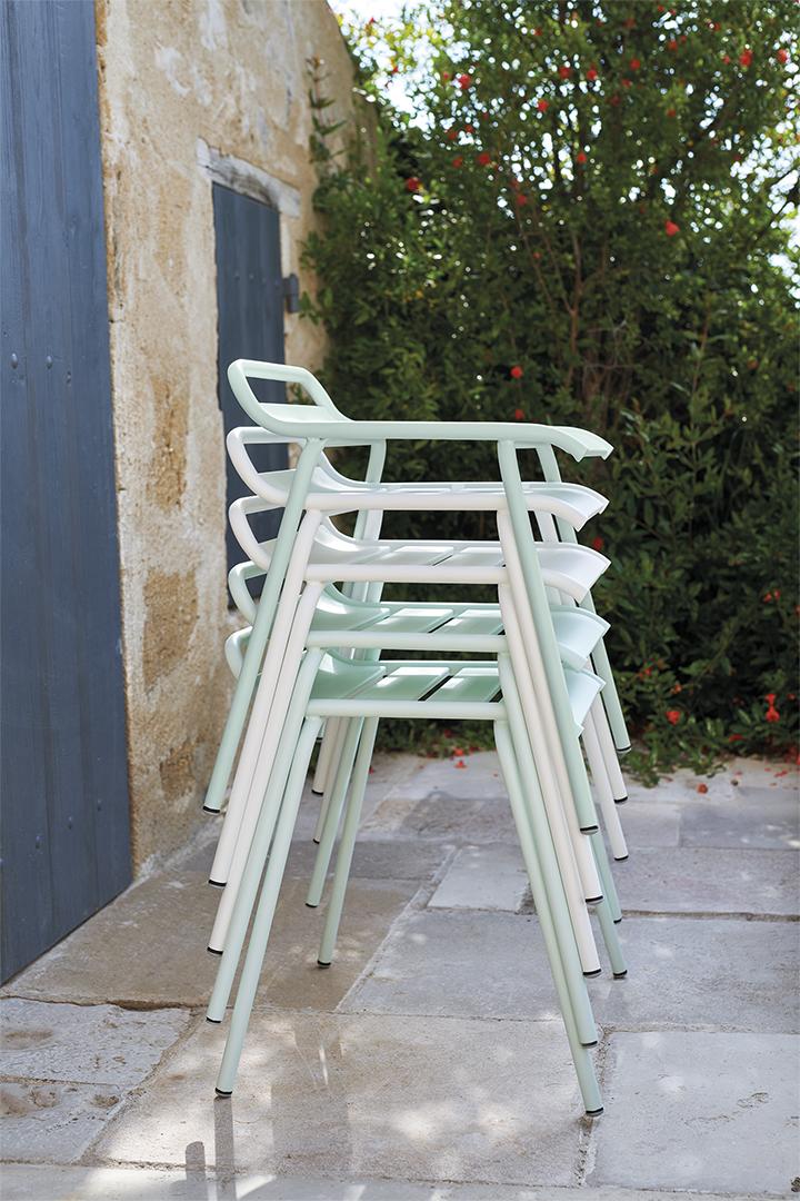 tabouret metal, tabouret empilable, tabouret de jardin, tabouret terrasse, metal stool, stackable stool