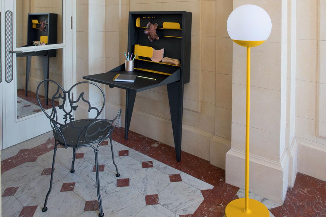 secretaire design, secretaire fermob, bureau amovible, bureau fermob, chaise design, chaise metal, lampe outdoor, lampe bluetooth, lampe sans fil