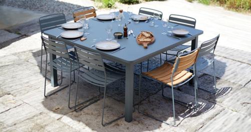 table de jardin, table metal, chaise de jardin, chaise metal, chaise teck, fermob