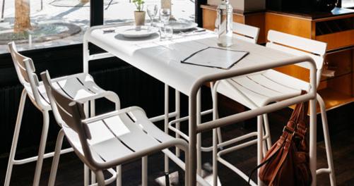 table haute de jardin, table haute en metal, mobilier terrasse restaurant