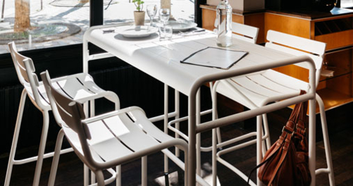 table haute de jardin, table haute en metal, mobilier terrasse restaurant