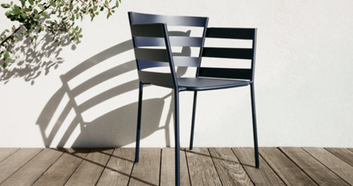 Rythmic armchair, outdoor furniture of steel - Fermob