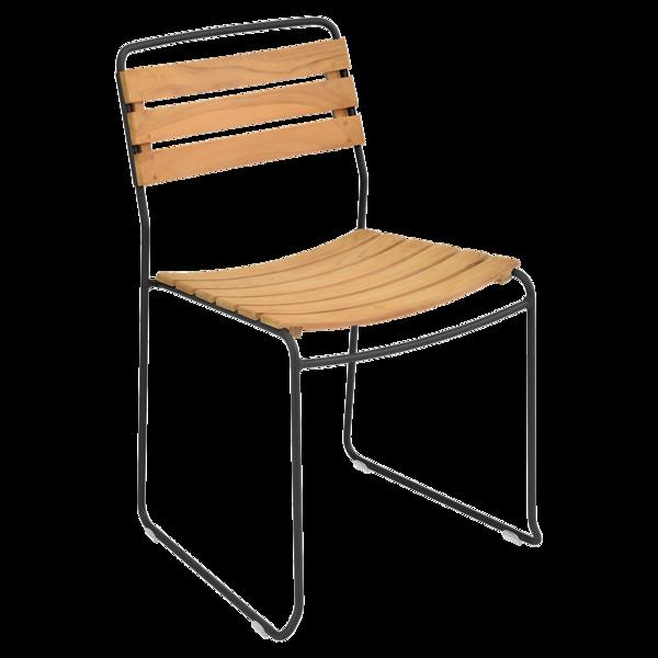 chaise surprising, chaise fermob, chaise bois et metal, chaise de jardin, chaise design, chaise bois et noir, guggenbichler