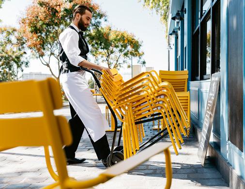 chariot chaises et tables