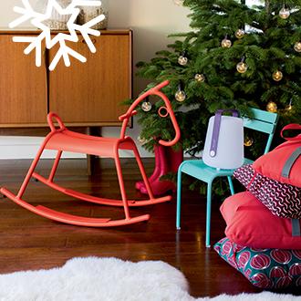 Fermob mobilier de jardin design fran ais m tal en couleurs for Boutique jardin en ligne