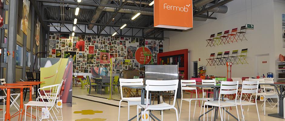 fermob. Black Bedroom Furniture Sets. Home Design Ideas