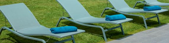 Sunloungers deck chairs and chaises longues for outdoor fermob - Bain de soleil turquoise ...