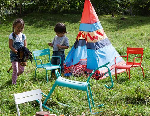 jeux d'enfant pour le jardin
