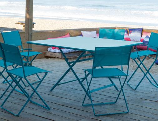 collection caract re fermob table de jardin pliante et carr e. Black Bedroom Furniture Sets. Home Design Ideas