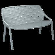 banquette fermob, banquette de jardin, petit blanc de jardin, fauteuil deux place, banquette grise