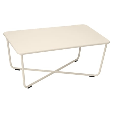 table basse metal, salon de jardin, table basse beige