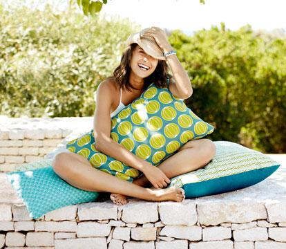 accessoires de jardin, coussin outdoor, coussin d exterieur, plaid de jardin