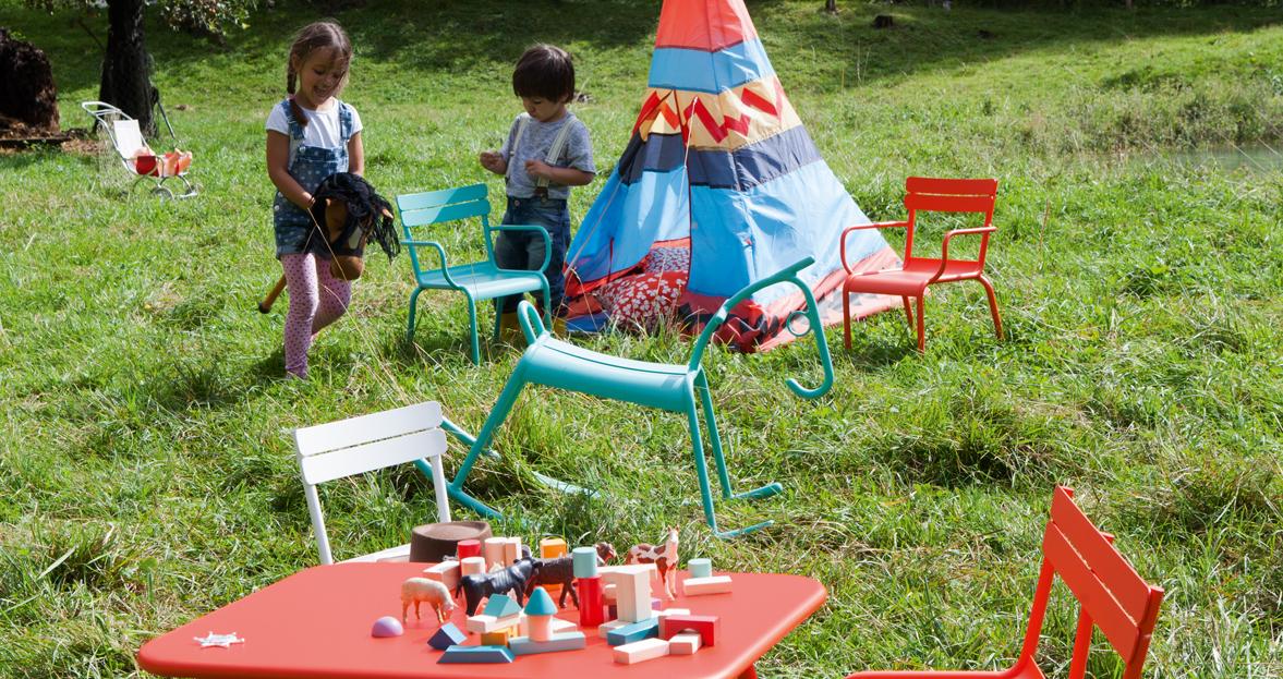 Luxembourg kid armchair outdoor metal armchair - Mobilier de jardin pour enfant ...