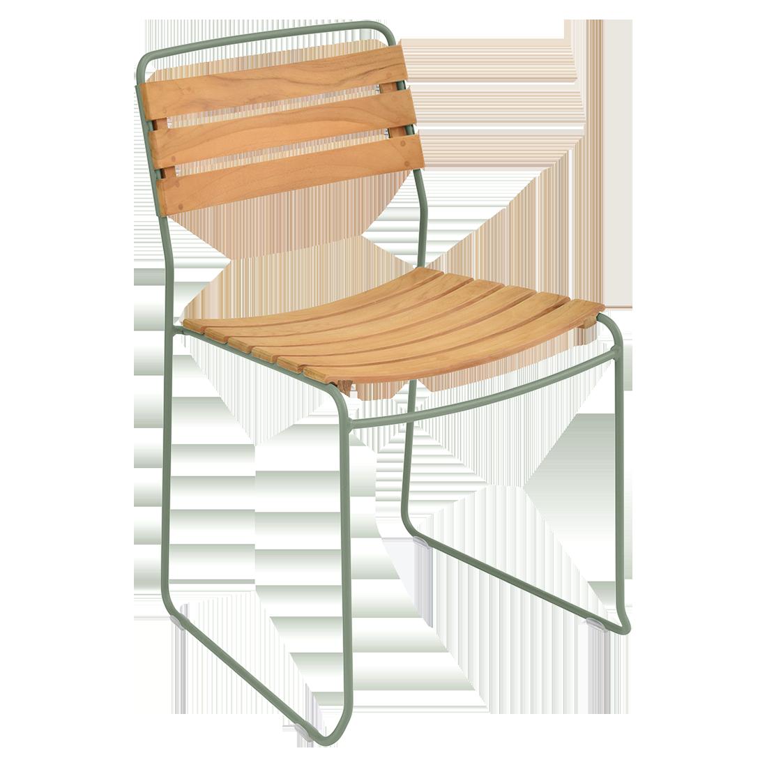chaise surprising, chaise fermob, chaise bois et metal, chaise de jardin, chaise design, chaise bois et vert, guggenbichler