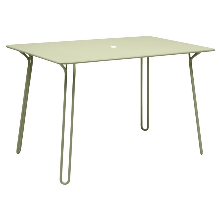 Surprising table metal table outdoor furniture for Table carree 120 cm