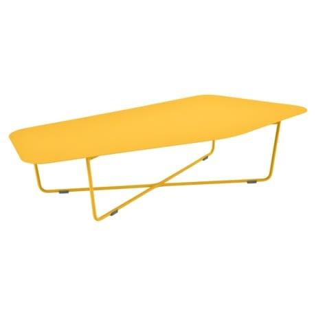 table basse design, table basse fermob, table basse ultrasofa, table basse metal, table basse de jardin, table basse jaune