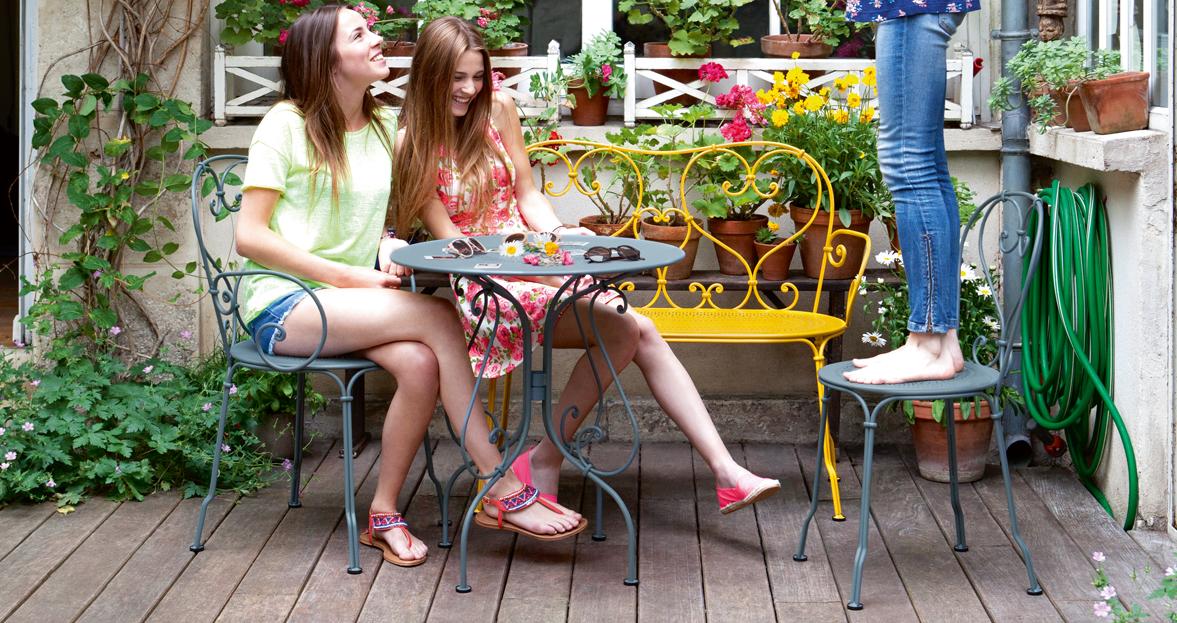 chaise metal table de jardin banquette