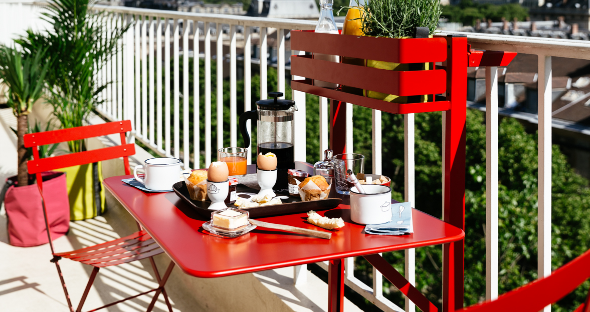 table balcon bistro table pliante pour balcon. Black Bedroom Furniture Sets. Home Design Ideas