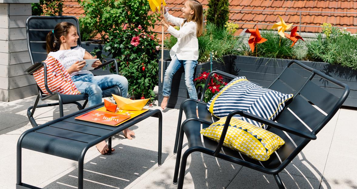 rocking chair luxembourg fauteuil de jardin salon de jardin. Black Bedroom Furniture Sets. Home Design Ideas