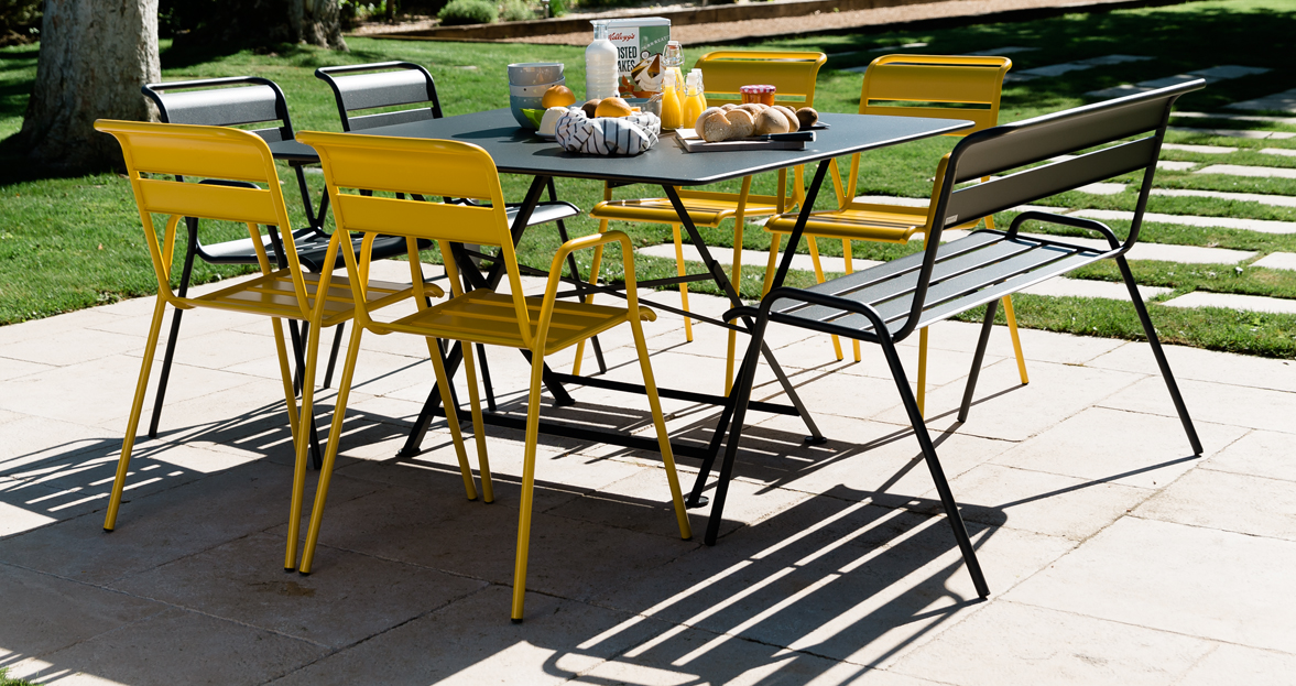 Cargo table garden table for 8 outdoor furniture - Table de jardin de couleur ...