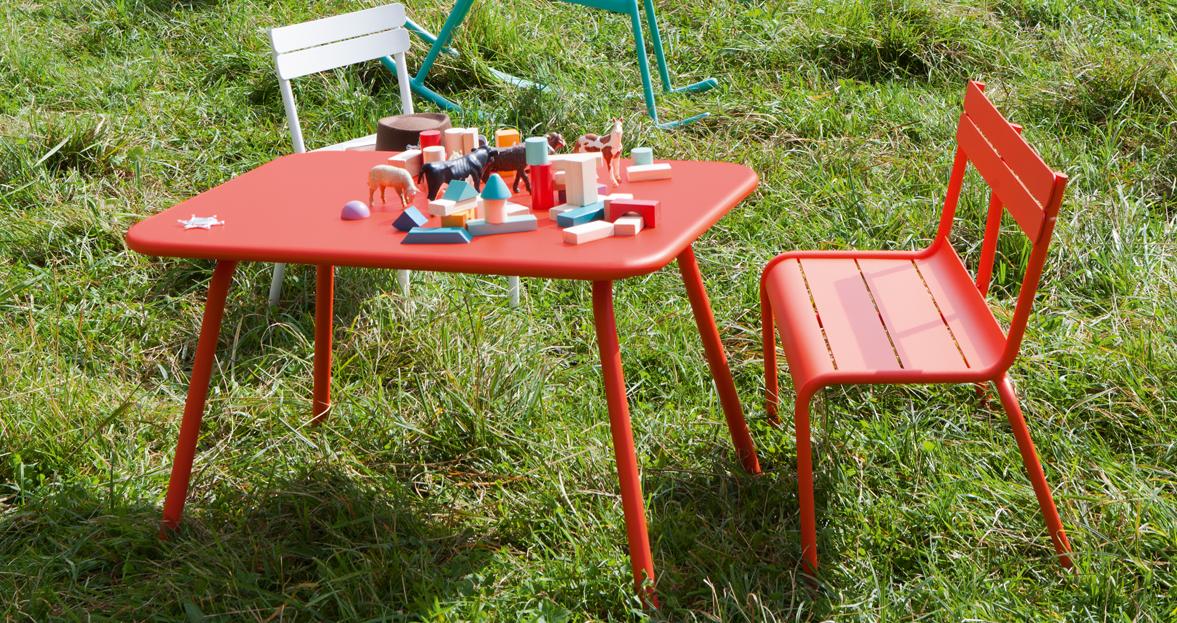Table luxembourg kid table de jardin pour enfant - Table de jardin enfants ...