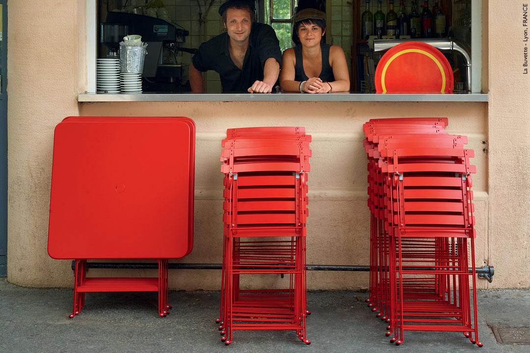 chaise metal pliante, table metal pliante, mobilier terrasse restaurant