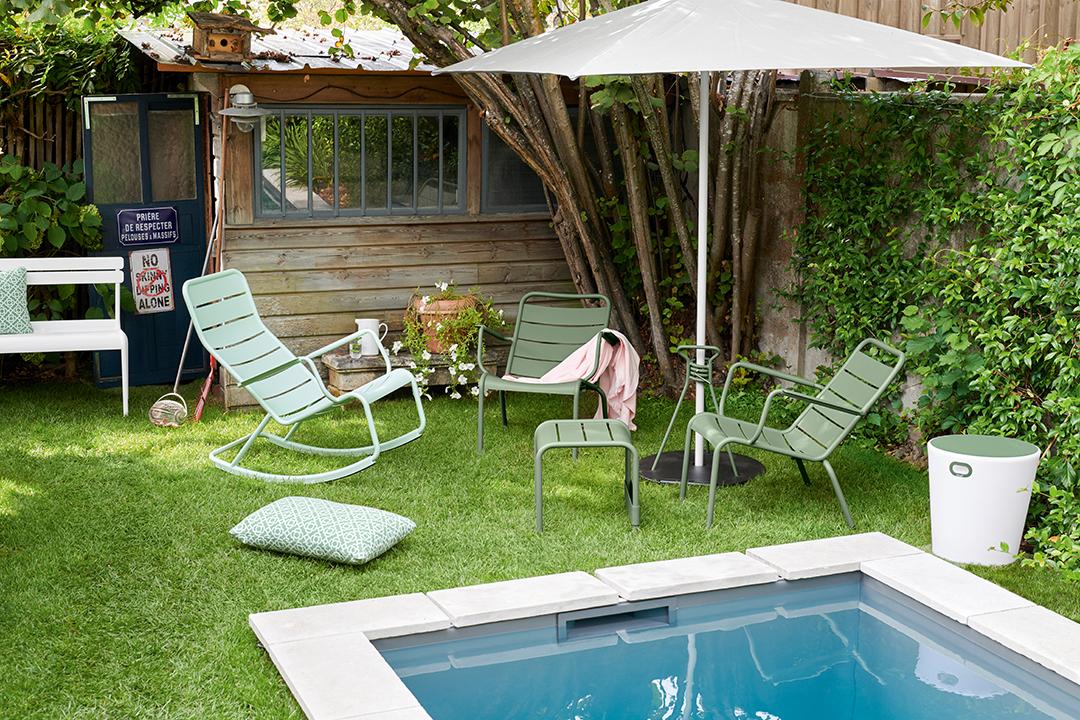 fauteuil metal, salon de jardin, rocking chair metal, mobilier terrasse, mobilier de jardin, pied de parasol, parasol, tabouret lumineux, bluetooth, led