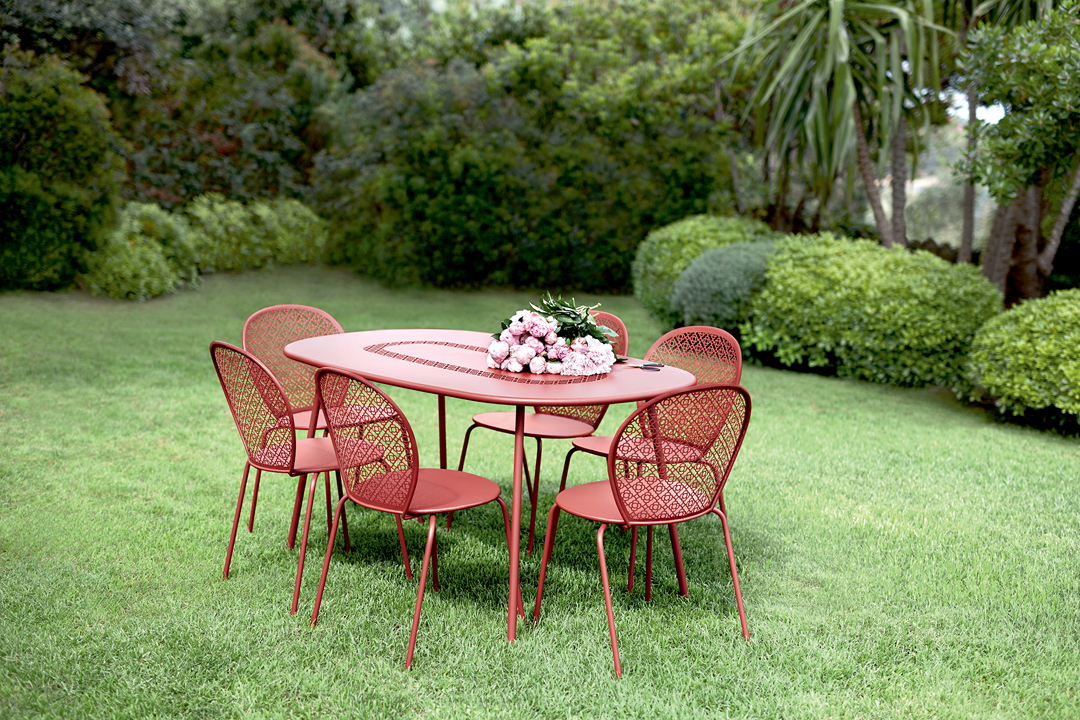 chaise metal, chaise design, table de jardin, mobilier terrasse, table metal