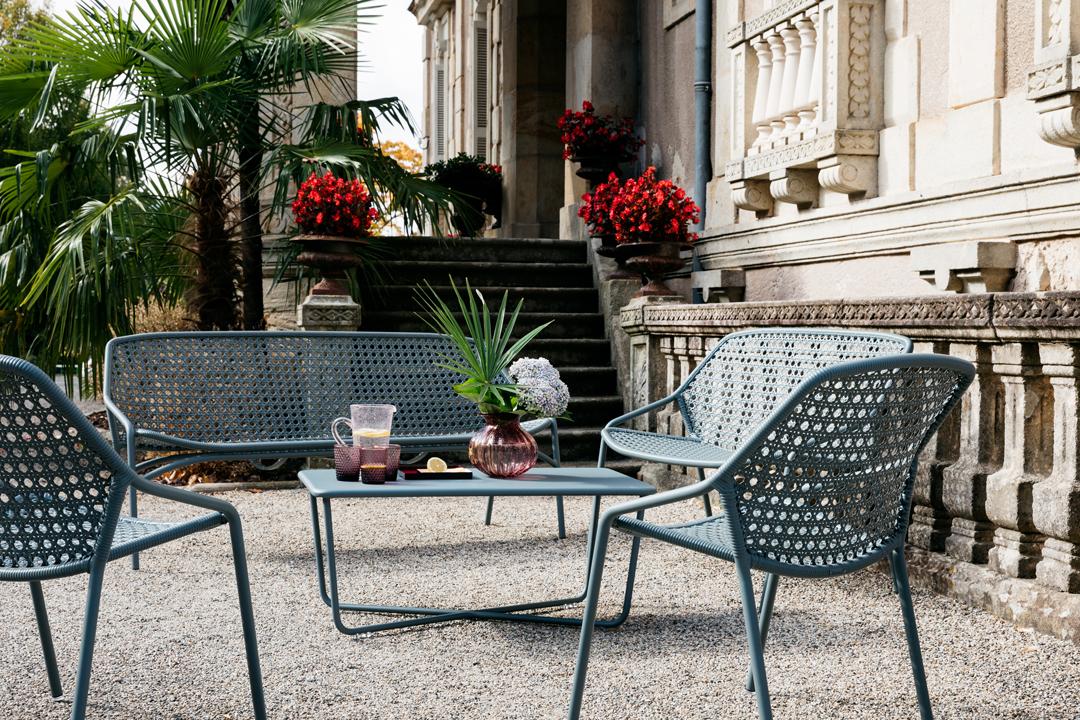 fauteuil de jardin, table basse metal, salon de jardin